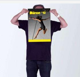 Imprimer une affiche chez un laboratoire photo en ligne