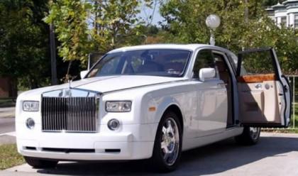 Location d'une voiture de luxe pour votre mariage : comment faire le bon choix ?