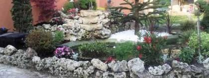 Des roches décoratives pour aménager votre jardin