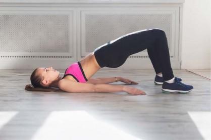 Le gainage pour raffermir les muscles abdominaux et dorsaux