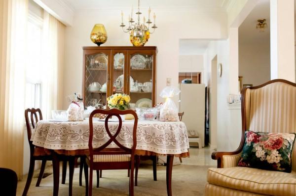 Une décoration originale pour une petite salle à manger