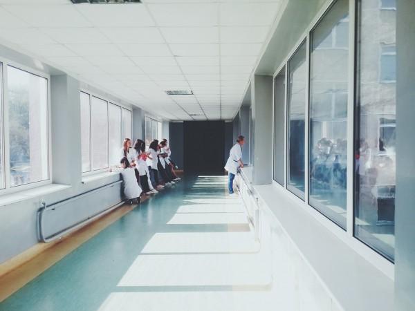Métiers de la santéet la PACES: le passage obligatoire