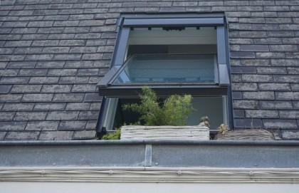 Comment enlever la mousse de sa toiture