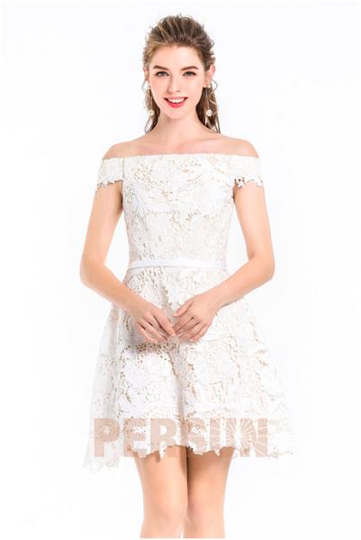 La robe blanche en soirée, osez-vous ?