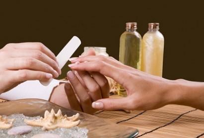 Comment faire pour récupérer des ongles abîmés ?