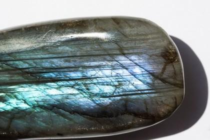 Les bracelets en pierre de labradorite