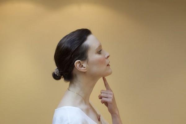 Le yoga du visage : le meilleur programme anti- âge