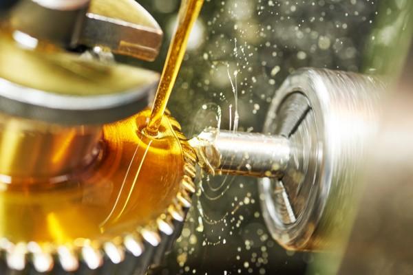 Les avantages des huiles moteurs Pricelub