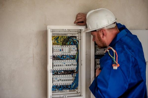 Habilitation électrique : électricité et bâtiment