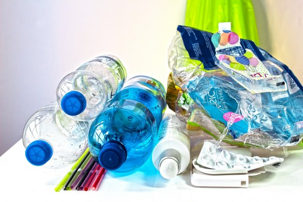 Quels sont les avantages des matières plastiques ?