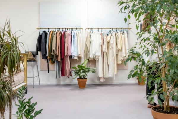 4 habitudes écologique à prendre avec nos vêtements