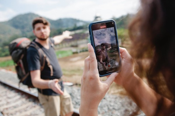 Influenceurs et blogueurs de voyages : industrie du tourisme