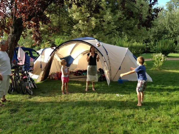 Les bienfaits du camping en famille
