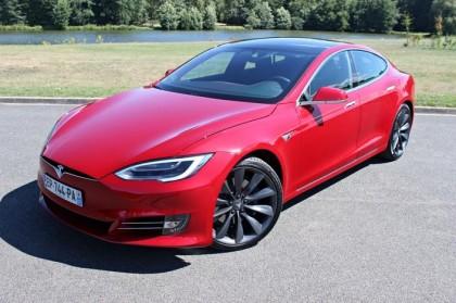 Tesla dévoile son nouveau modèle de voiture