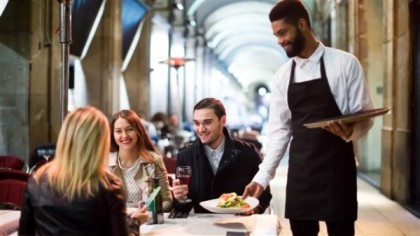 Serveurs, cuisiniers… des tabliers spéciaux