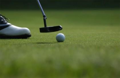Un simulateur de golf pour se perfectionner dans ce sport