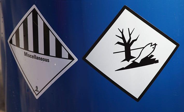 Comment procéder en cas de fuites ou de déversement de produits dangereux ?
