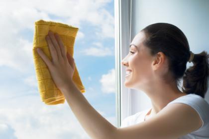 Entretien d'une baie vitrée: surface vitrée et profilés