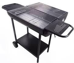 Comment entretenir son barbecue au charbon?