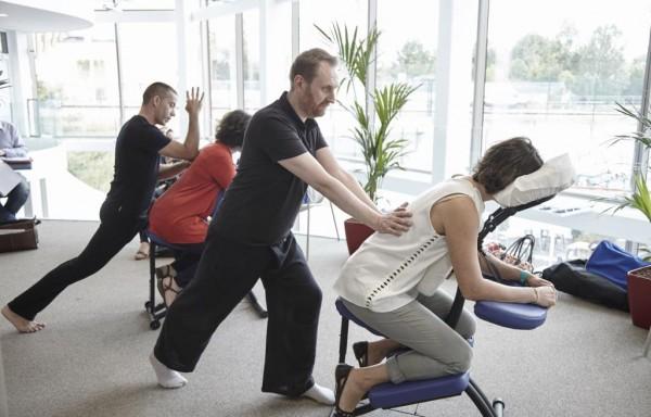 Le massage en entreprise : un facteur clé de succès