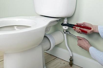 Comment changer un joint de pipe WC ?