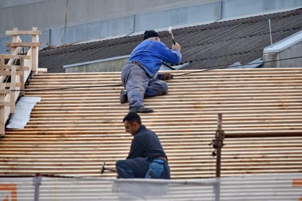 Travaux de toiture : faire appel à un couvreur