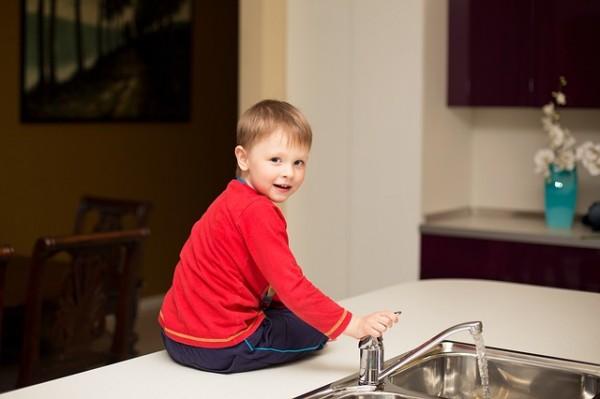 Comment sécuriser sa maison pour son enfant ?