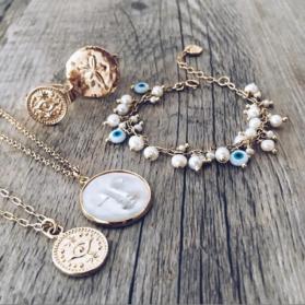 Quels bijoux offrir à une femme pour lui faire plaisir?