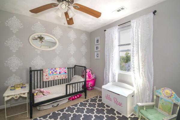 Arrivée de bébé : comment bien aménager sa chambre ?