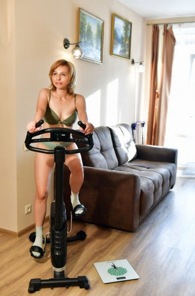 Le vélo d'appartement pour brûler les calories